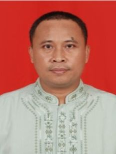 TRAINER Ir. Teguh Prayitno<br>Specialist Chemical Process Refenery teguh